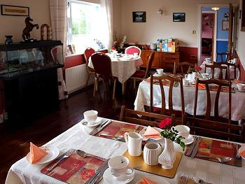 Breakfast in Lakeshore B&B